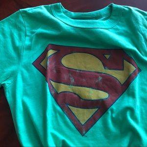 Superman Logo Woman's Graphic Tee ~ NWT